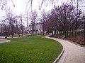Parc-Georges-Brassens-avec-marche-aux-livres.jpg