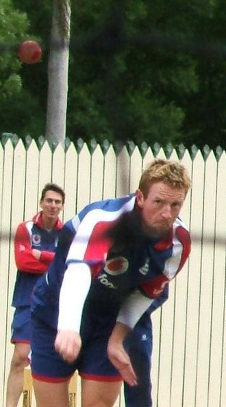 Paul Collingwood - Collingwood bowls in the nets at Adelaide Oval.