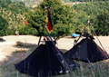 Pfadfinderstamm Ägypten, Internationales Sommerlager (AGESCI – KPE – MCsSz) bei Arlia nahe Fivizzano, Toskana, Italien, 1993 - Blick über den Lagerplatz.png