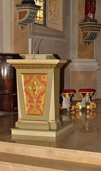 Pulpit - Ambo, in the modern Catholic sense, in Austria