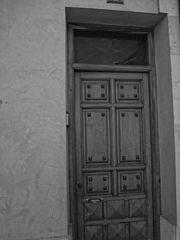 Photography by David Adam Kess, España, Aranda de Duero, Hand Carved Wooden Door, pic.bbb6.jpg