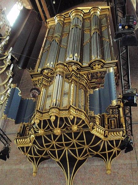 450px-Pieterskerk_Leiden_orgel-3.JPG