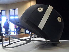un casque de polo.