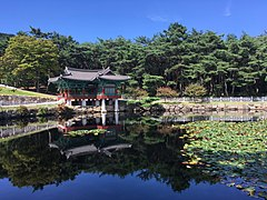 Pond of Tongiljeon 2.jpg