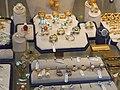 Ponte Vecchio Jewelry (6848928028).jpg
