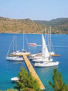 Ormeggio di imbarcazioni da diporto