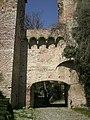 Porta-di-braccio-orto-medievale.JPG