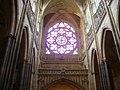 Prag Dom St. Vitus Innen Rosette 1.JPG
