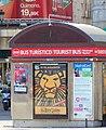 Quiosco Bus Turístico, publicidad musical El Rey León - Puerta del Sol, Madrid (9564008235).jpg