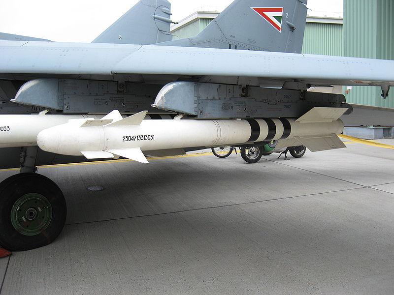مصر والإتجاه شرقا! هل يعود السلاح الروسي للشرق الأوسط من بوابة القاهرة؟ 800px-R-73_HuAF