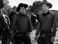 Red River-06 Noah Beery Jr et Montgomery Clift.png