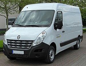Renault Master - Image: Renault Master III front 20100501