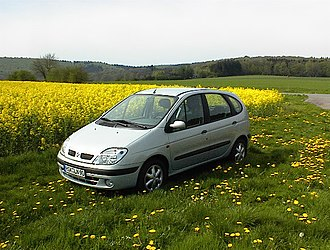 Patrick Le Quément - Renault Scenic I, 1997 Car of the year in Europe, sold at 2,8 million units in one generation