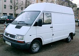 Renault Trafic front 20080106.jpg