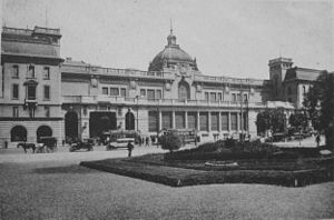 Central Argentine Railway - Retiro station, inaugurated in 1915.