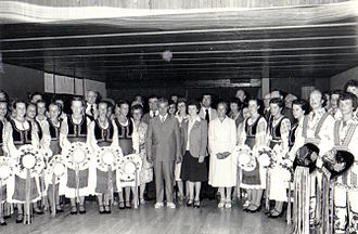 Romanian Canadians - A group of Romanian Canadians from Regina and Nicolae Ceauşescu in 1979