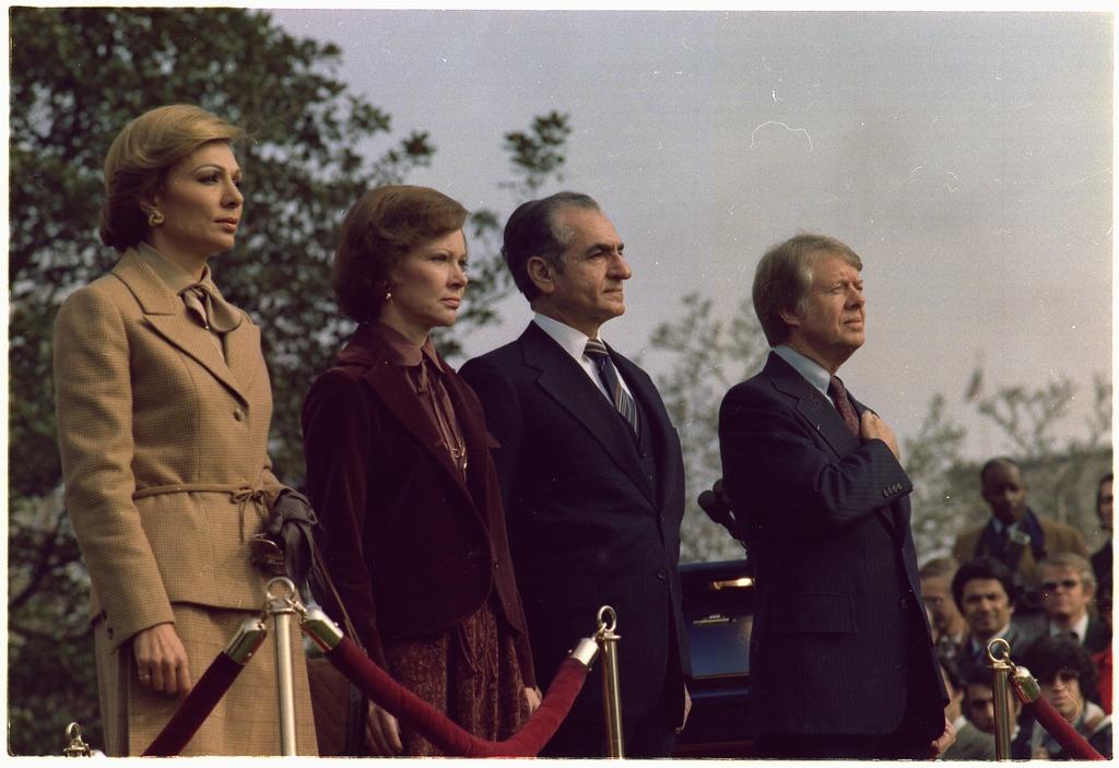 الحلف الايراني السعودي Lossy-page1-1024px-Rosalynn_Carter_and_Jimmy_Carter_host_welcoming_ceremony_for_the_state_visit_of_the_Shah_of_Iran_and_Shahbanou_of_Iran._-_NARA_-_176849.tif