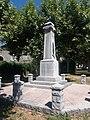 Rosières (Ardèche) - Monument aux morts - Côté droit.jpg
