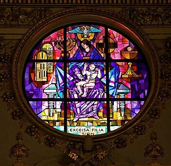 Italiano: Rosone all'interno della Basilica di...