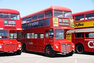 Routemaster RM1804 (804 DYE), 2010 North Weald bus rally.jpg