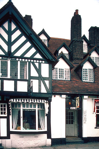 Katheryn of Berain - Ruthin Myddelton Arms, built in the 16th century in the Dutch style by Richard Clough, who worked in Antwerp.
