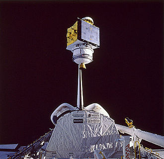 STS-61-B - Deployment of the Satcom K2 satellite.