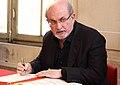 Salman Rushdie (43826238495).jpg