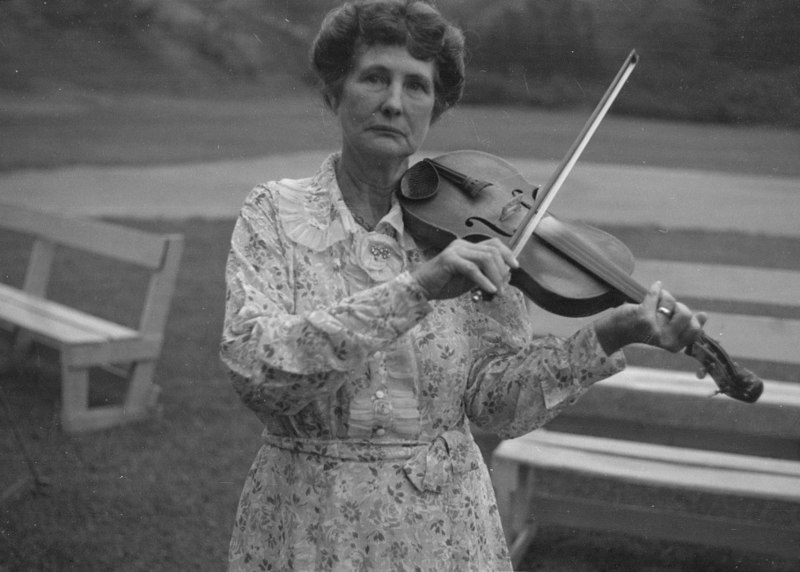 Samantha Bumgarner, fiddler, banjoist, guitarist and county music pioneer from North Carolina , pictured in 1937