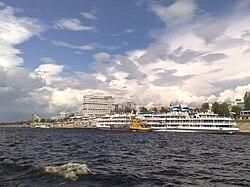 Samara - Port (2008-07-13).jpg