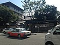 Sammon of Mangyoji Temple from the other side of Kokutai Road.JPG