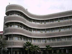 Albert Aalbers - The oceanwave style in Savoy Homann Hotel's design.