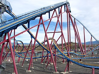 Scream (roller coaster) - Image: Scream lift hill