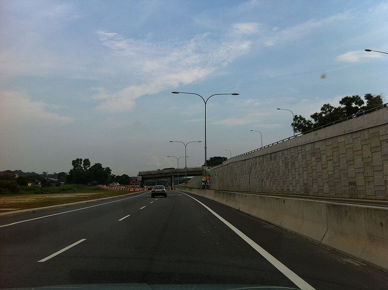 File:Seremban Ring Road near Bukit Chedang - Kampung Baru Rasah - panoramio.jpg