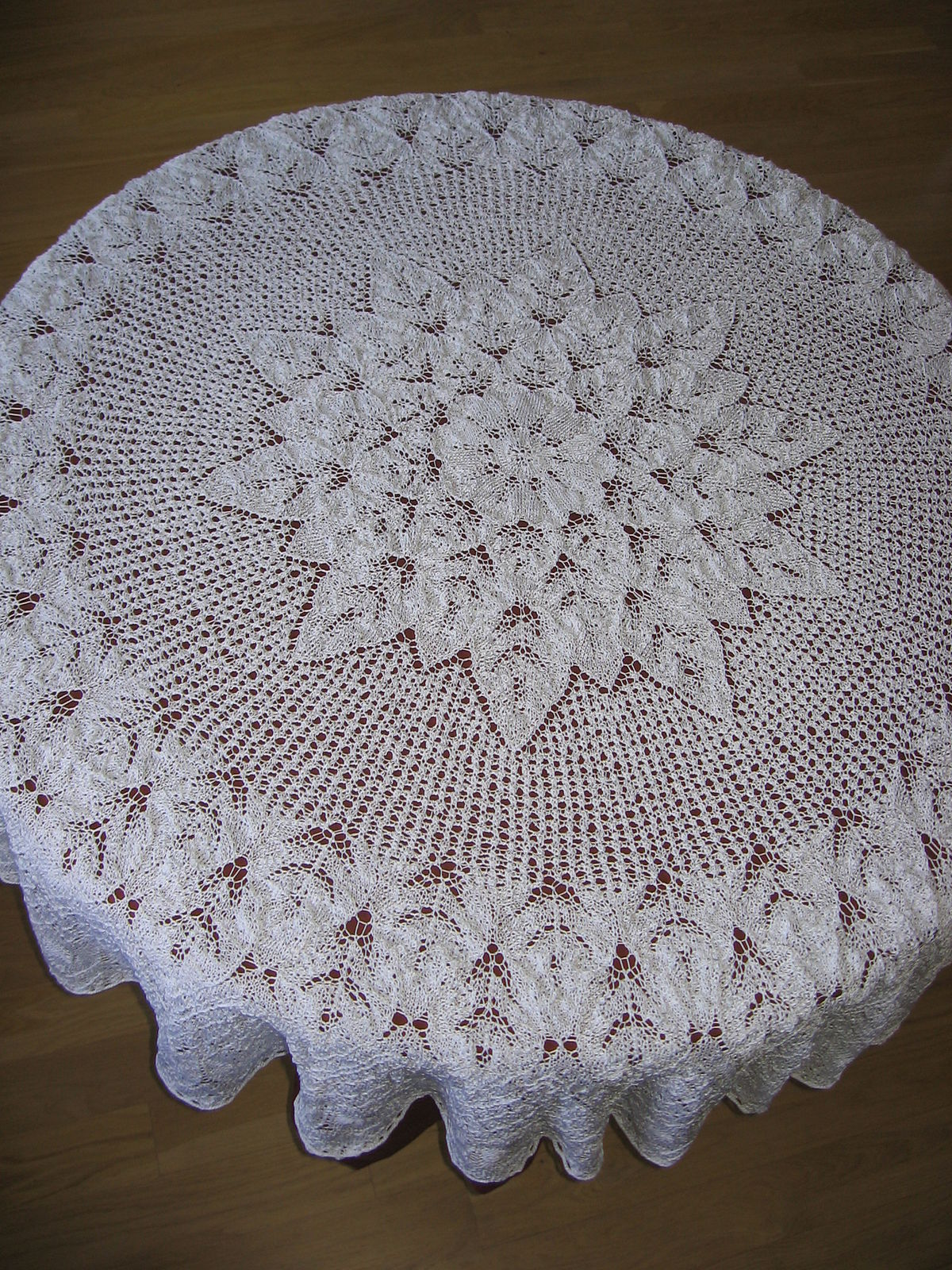 Lace knitting - Wikipedia