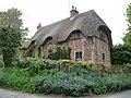 Shalbourne - Cottage - geograph.org.uk - 1450572.jpg