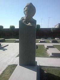 Shirvanzade Grave 01.jpg