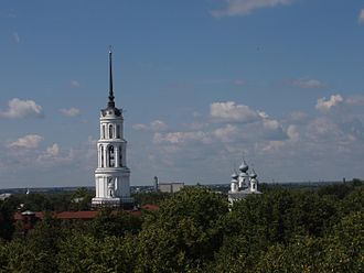 Shuya, Ivanovo Oblast - Resurrection Cathedral and its bell tower in Shuya