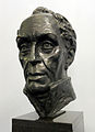 Simon Bolivar bust.jpg