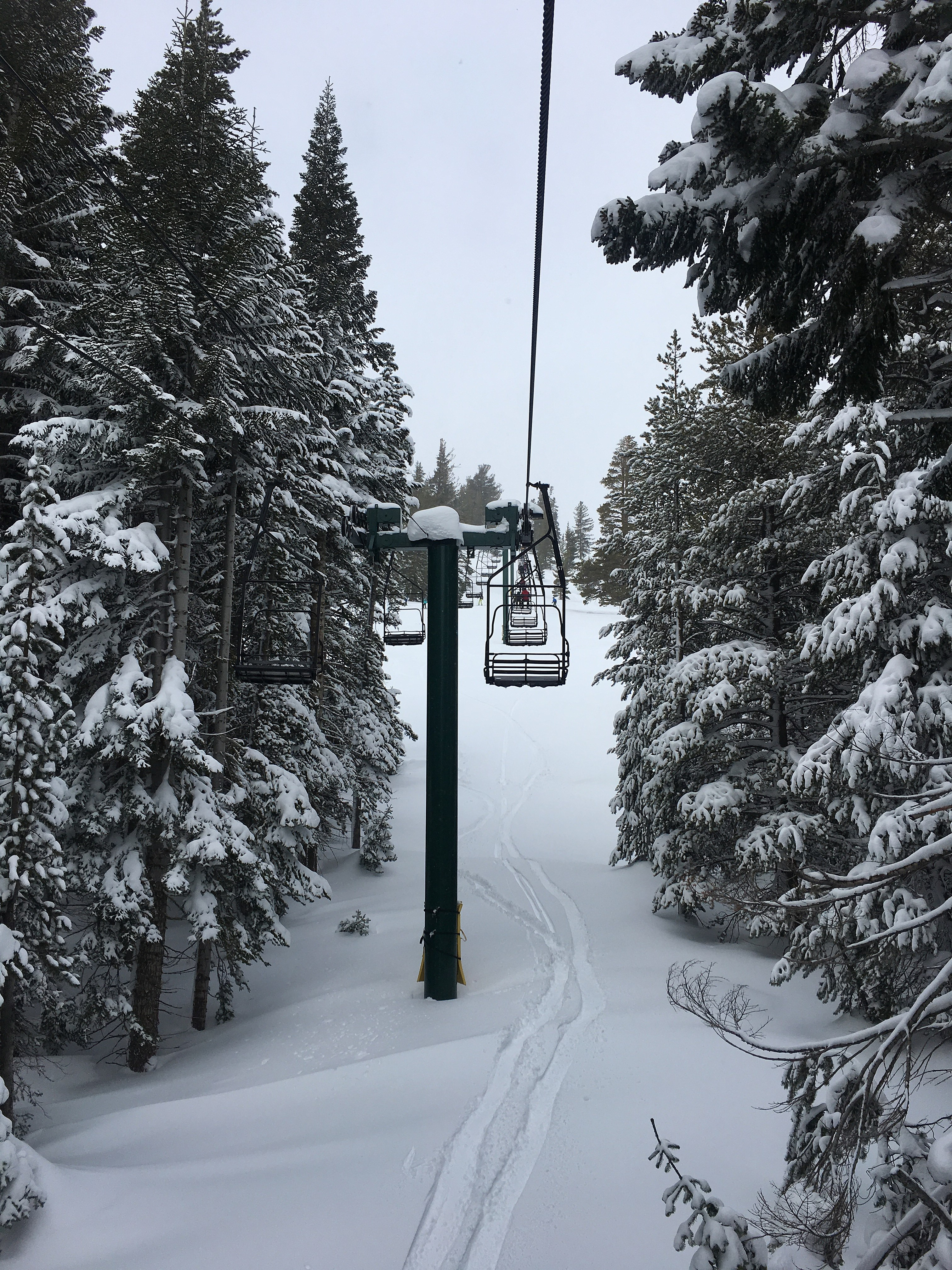 file:ski lift at kirkwood mountain resort - wikimedia commons