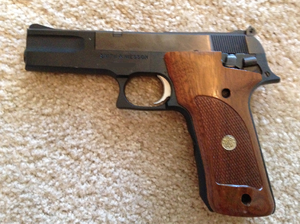 Smith & Wesson Model 422 - Image: Smith and Wesson Model 422