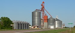 Grain elevators in Smithfield