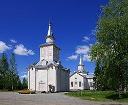 Soini kirkko ja tapuli 2017.jpg