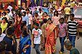 Spectators - Durga Puja - Ekdalia Road - Kolkata 2015-10-21 6176.JPG