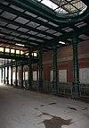 foto van IJzeren spoorwegviaduct met bijbehorend hekwerk