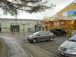 http://upload.wikimedia.org/wikipedia/commons/thumb/b/b1/Stadthalle-Klagenfurt01.JPG/250px-Stadthalle-Klagenfurt01.JPG