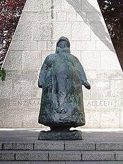 Statue of Wilhelmina in The Hague