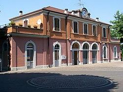 Stazione di Manerbio Lato campagna 20080820.jpg