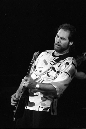 Steve Cropper in concert, 1990 SteveCropper05.JPG