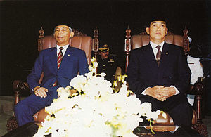 Sudharmono - Sudharmono and Vice President-elect Try Sutrisno at the 1993 session of the People's Consultative Assembly