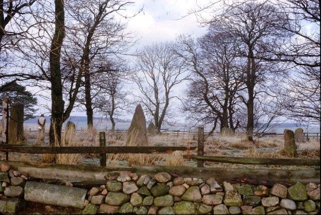 Sunhoney stone circle - geograph.org.uk - 74031